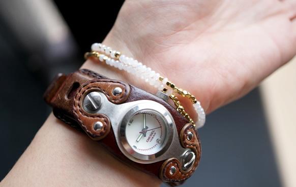 ブレスレット×時計コーデ