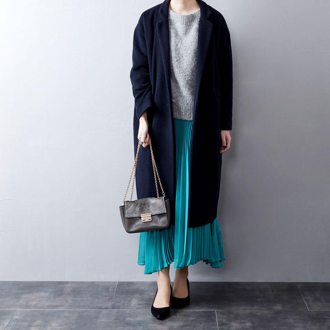 エメラルドグリーンスカート