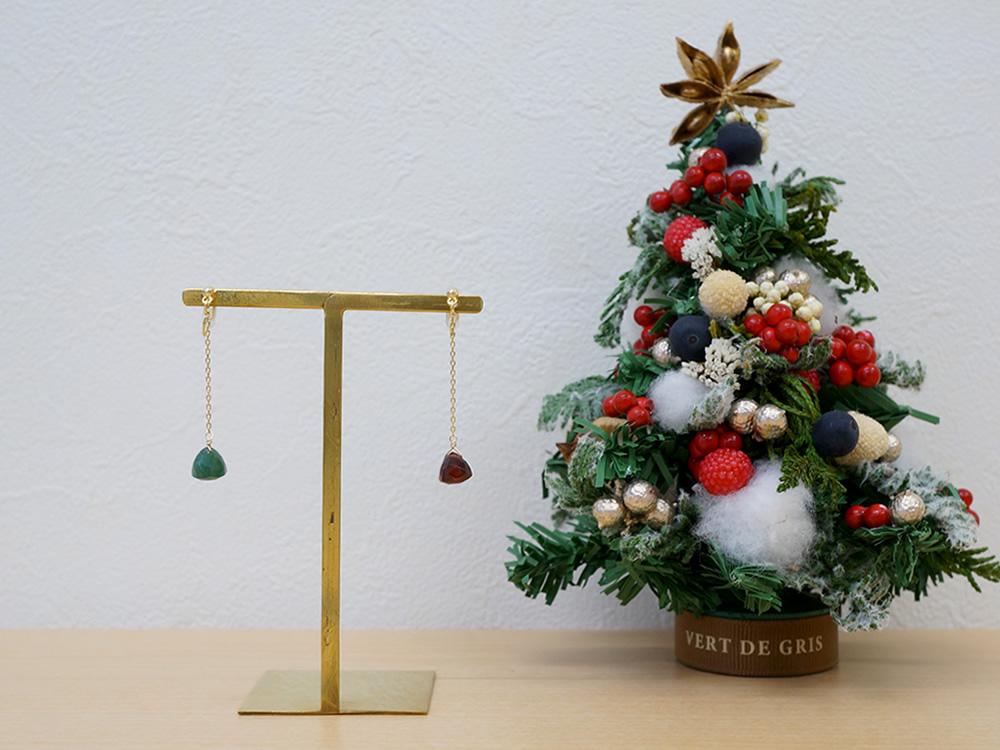 クリスマスカラーイヤリング